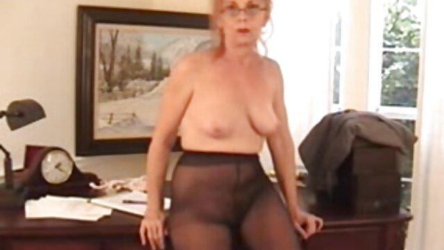 Sexy Bree Mitchells es perforada por Stepbro fake taxi xxx free