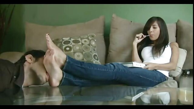 pareja comparte puta asiática para 3some VIDEO itziar moncada fakings COMPLETO