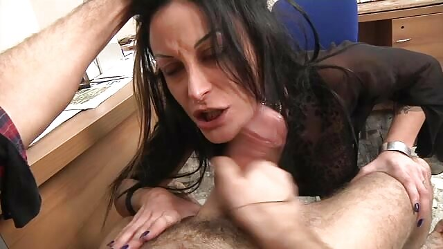 Señora caliente ama a otra dama caliente fakings porno tv