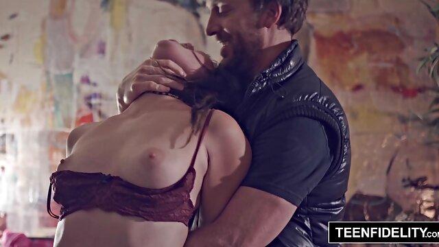 Lucky Starr fakeshooting porn y Brianna Ray jugando