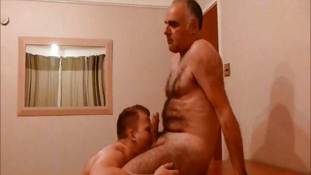 Convertirse en un hombre porno fake hotel con una MILF impresionante